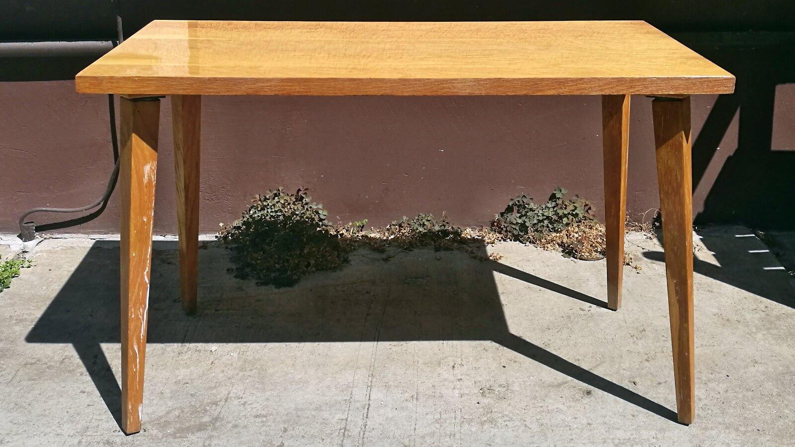 Régi asztal festése, felújítása