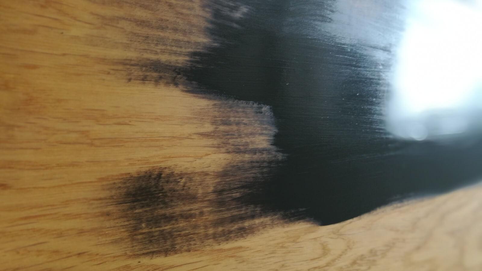 Régi asztallap festése - első réteg festék