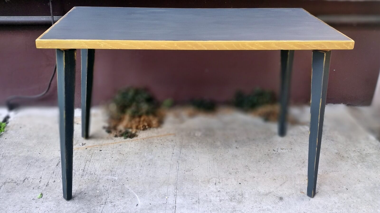 Régi asztalból új asztal